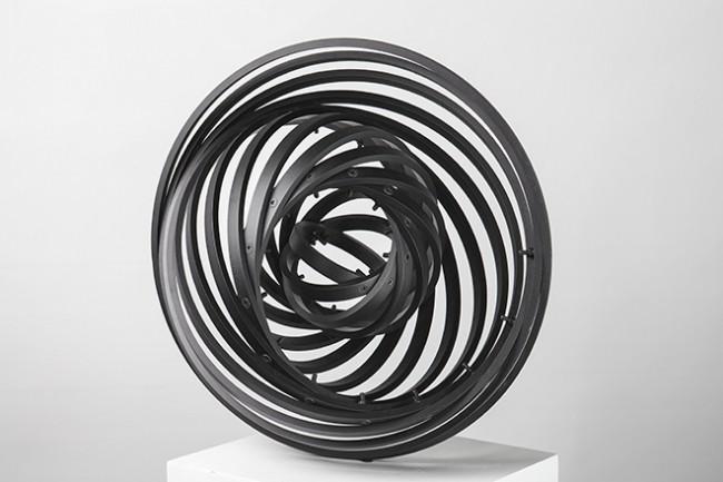 """Sungfeel Yun, """"Energy 16"""", 2014, aluminium, bolts, nuts, 40 × 40 × 20 cm."""