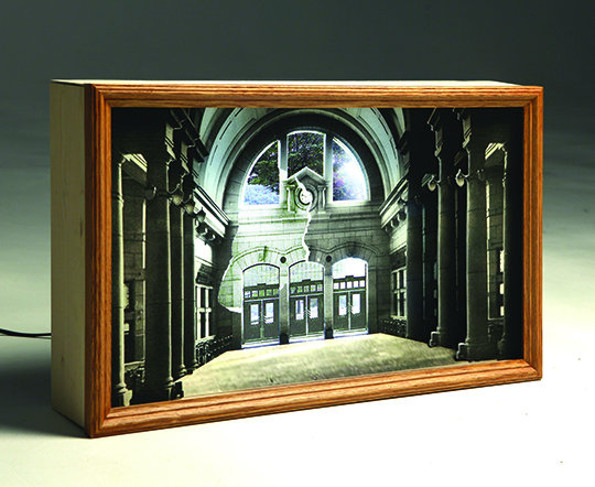 Geum MinJeong, A restoration of the time-Old Seoul station, 2014. Video Monitor, Photo, LED Light Box, 35 x 32 x 7 cm.