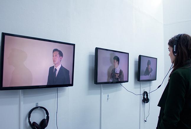 Joonhong Min, The Skit, 2016, Triple Channel Video, 3min 30sec_Detail