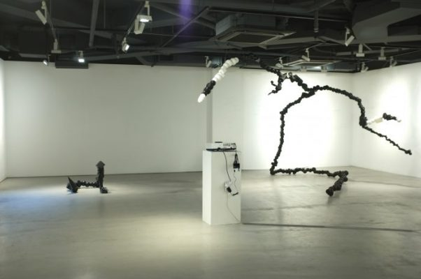 Jung Seung, The prometheus's String, Installation in Hanmi Gallery3