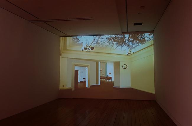 """명상의 방 Meditation room / sound, 1 channel video installation 3'45"""" / variable size / 2010"""