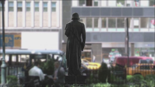 "Mioon, ""Stature Number (New York), 2010, HD Video, approc. 2.30 mins. Edition of 5"