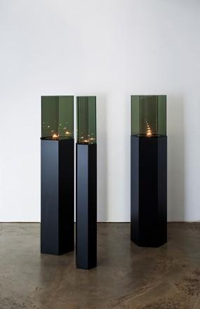 Hyekyung Cho, Responsive Rhythm,steel,refletion glass,candlelight, L 27.8x23.7x125cm S 13.4x15.7x125cm,2010