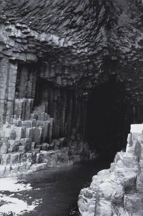 Hyekyung Cho.Fingals Cave, 60x90cm, LED Box, 2011