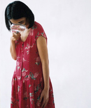 Yingmei Duan,Friend Live performance with Mirko Winkel, 10 min The Braunschweig University of Art, Germany,2003, Pigment of archival paper, Edition of 5.